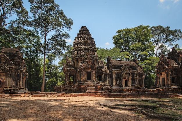 Starożytne świątynie angkor.