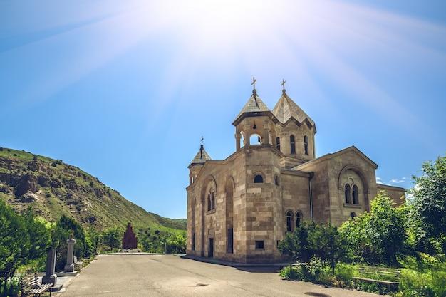 Starożytny kamienny kościół
