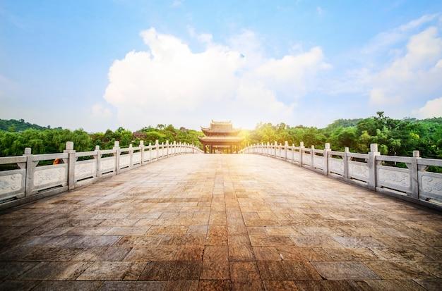 Starożytny łuk w chinach