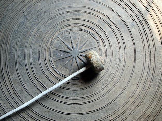 Starożytny tajski gong