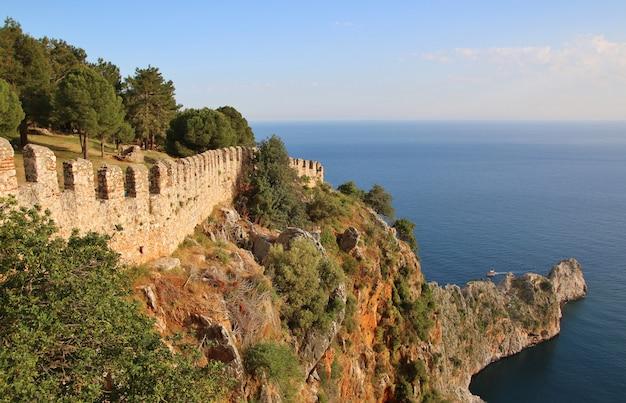 Starożytny zamek w alanii