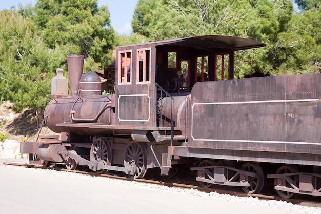 Stary lokomotywa parowa
