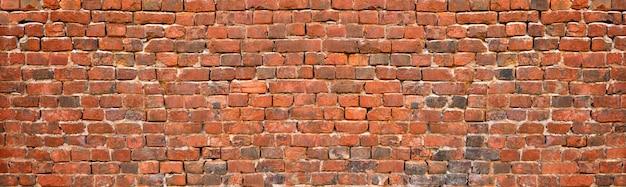 Stary mur z cegły, zabytkowe cegły