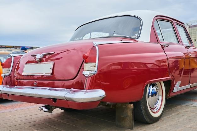 Stary rosyjski samochód wykonawczy