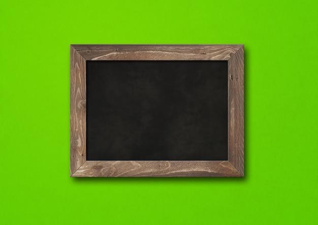 Stary rustykalny czarny deska na białym tle