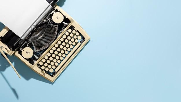 Stary układ przyrządów do pisania