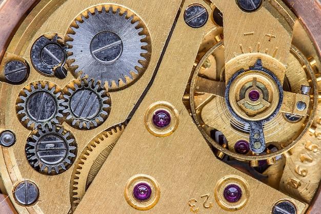 Stary zegarowy makro strzał