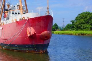 Statku w doku