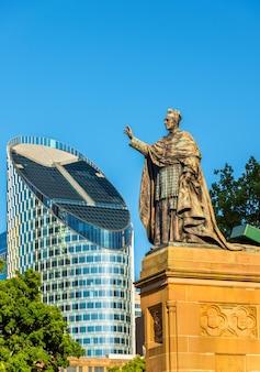 Statua w katedrze st mary's w sydney - australia, nowa południowa walia