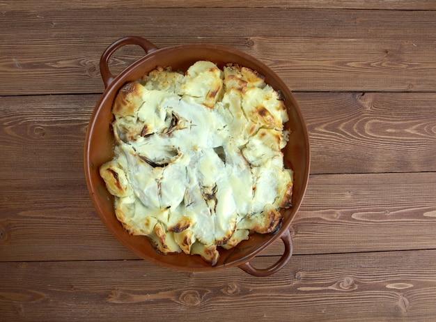 Stekt fisk - pieczony dorsz w śmietanie i ziemniakach