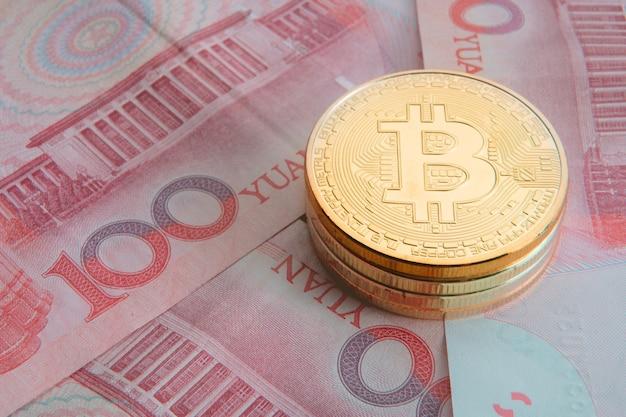 Sterta bitcoin złocista moneta, cryptocurrency pojęcie