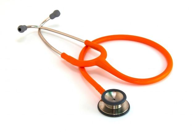 Stetoskop medyczny na białym tle.