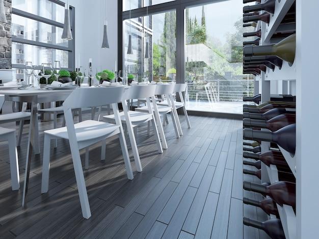 Stojak na wino i stół w jadalni.
