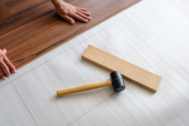 Stolarstwo, podłogi i meble