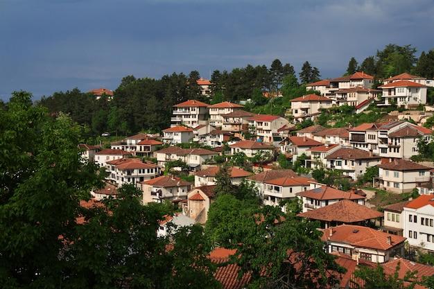 Storczykowy miasto w macedonia na jeziorze