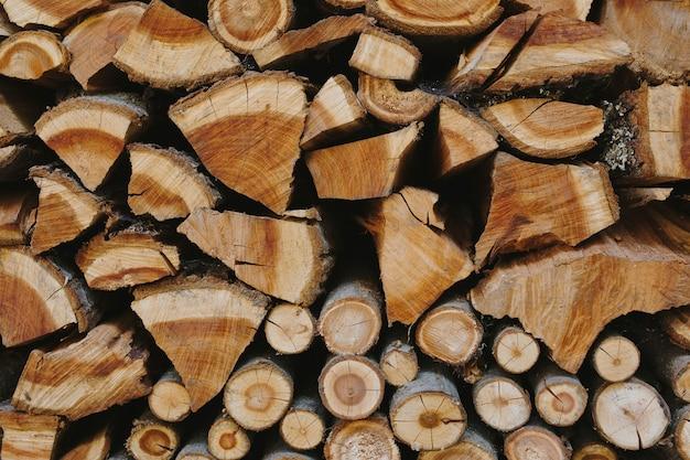 Stos drewna opałowego teksturowanej tło