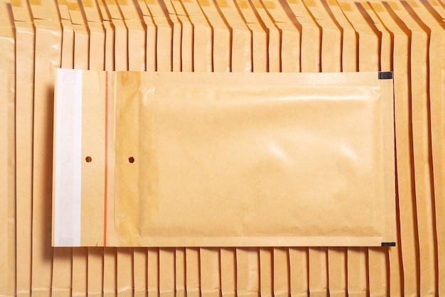 Stos kopert bąbelkowych, teksturowanej tło