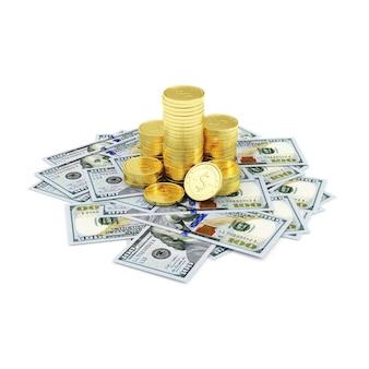 Stos złotych monet z dolarowymi