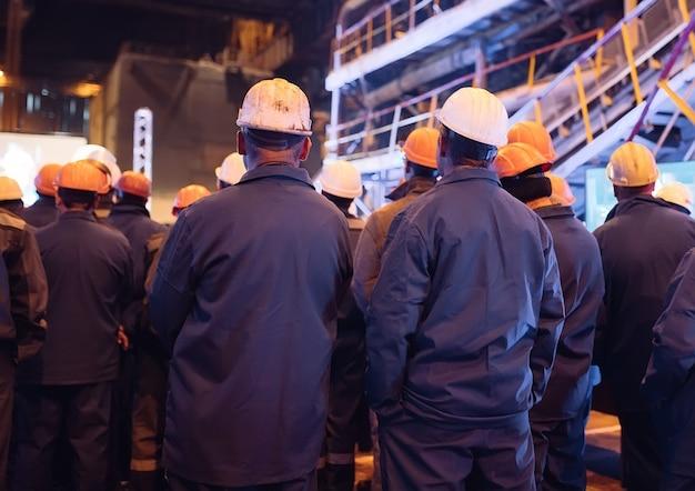 Strajk robotników przemysłu ciężkiego.
