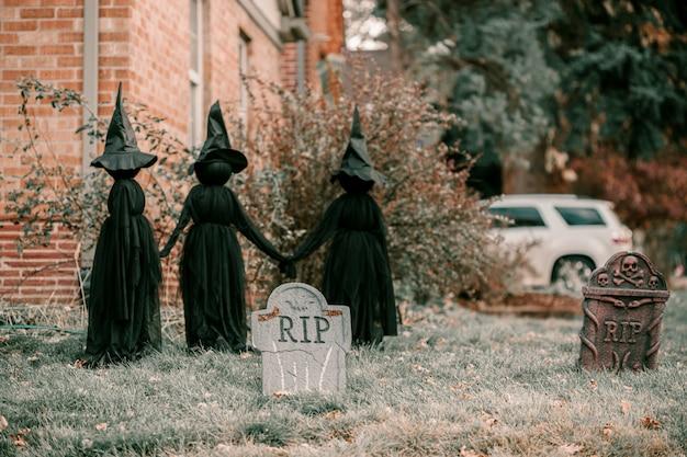 Straszne upiorne dekoracje domu halloween