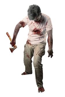 Straszny zombie z krwią i raną na ciele trzymający topór stojący na białym tle na białym tle
