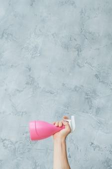 Strategia mycia okien. rozpylacz koncepcyjny. skopiuj miejsce