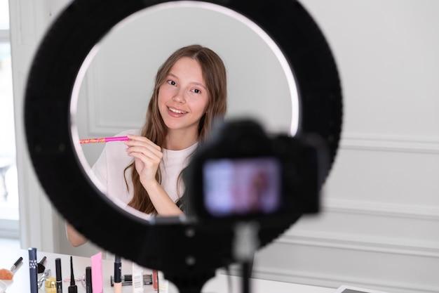 Streaming youtube artysta makijażu freelancer