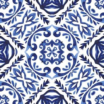Streszczenie bezszwowe ozdobne adamaszku akwarela perski farby wzór. ceramiczny design w stylu azulejo. dachówka śródziemnomorska.