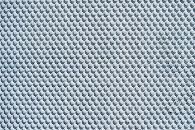 Streszczenie białe niebieskie tło metalowe.