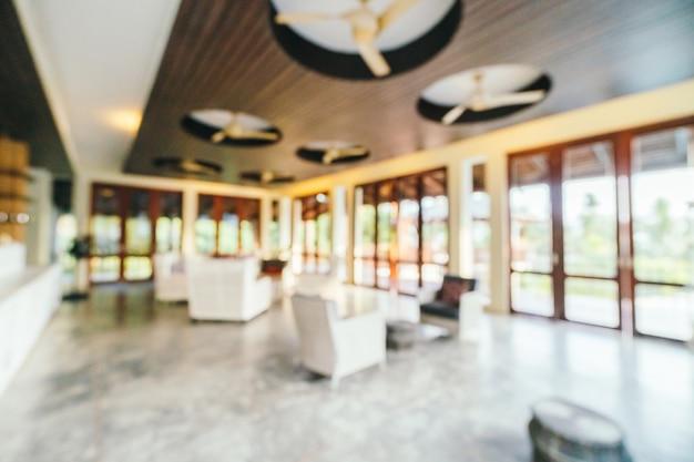 Streszczenie i nieostre wnętrze holu hotelu