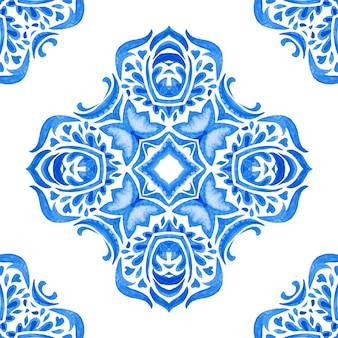 Streszczenie niebieski i biały ręcznie rysowane dachówka bezszwowe ozdobne farby akwarelowe wzór