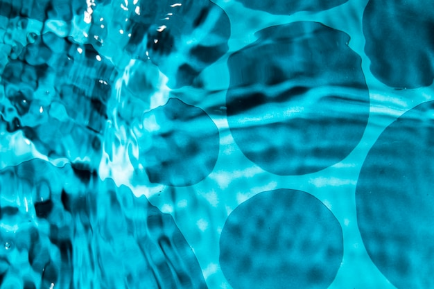 Streszczenie projektu wody i monochromatyczne kropli wody