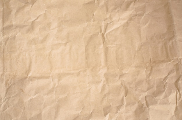 Streszczenie rocznika zmięty papier