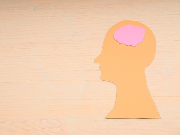 Streszczenie sylwetka zdrowia głowy dla projektu medycznego. zdrowie psychiczne, koncepcja zaburzeń mózgu. opieka rodzinna.