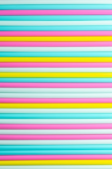 Streszczenie tło kolorowych rur koktajlowych