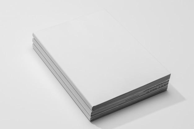 Strony ksiąg przestrzeni kopii wysoki widok