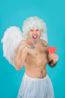 Strzałka miłości walentynki amorek amorek anioł z papierowym sercem amorek w walentynki brodaty amorek