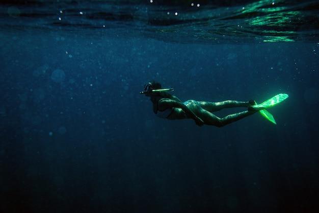 Strzelanie pod wodą