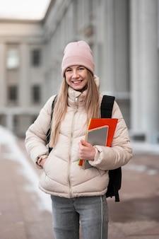 Studentka z książkami