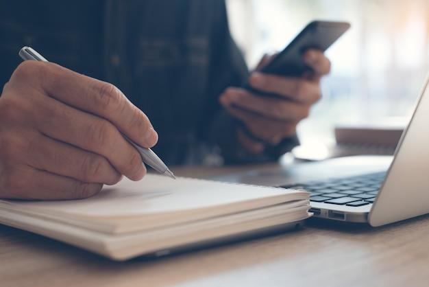 Studia online lub koncepcja e-learningu