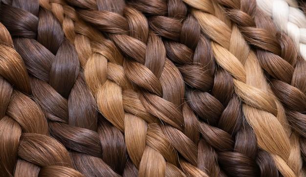 Stylizowane przedłużanie włosów w gabinecie kosmetycznym