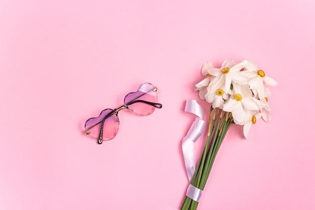 Stylowe damskie okulary przeciwsłoneczne na imprezę i spacery