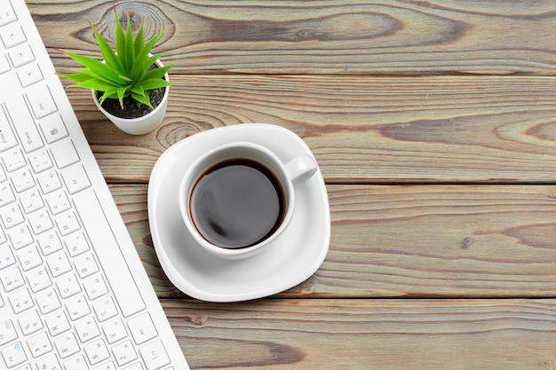Stylowe miejsce do pracy z komputerem stacjonarnym, materiały biurowe w biurze. biurko