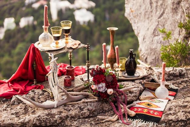 Stylowy wystrój w stylu boho romantyczny wieczór dla zakochanych par
