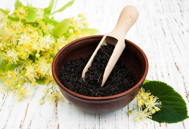 Sucha czarna herbata