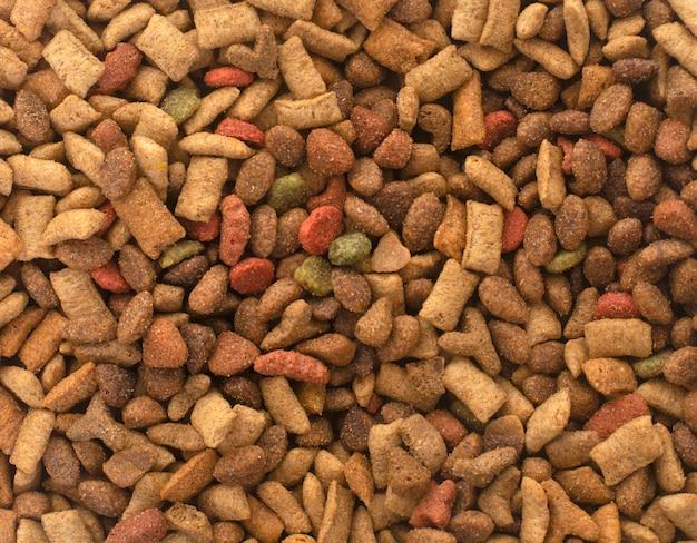 Sucha karma dla zwierząt domowych
