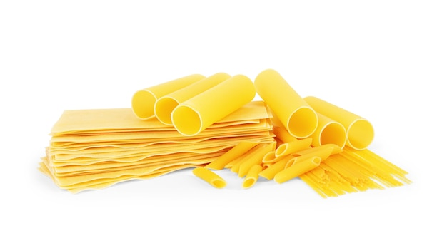 Suchy makaron w różnych kształtach makaron lasagna farfalle spaghetti rigatoni
