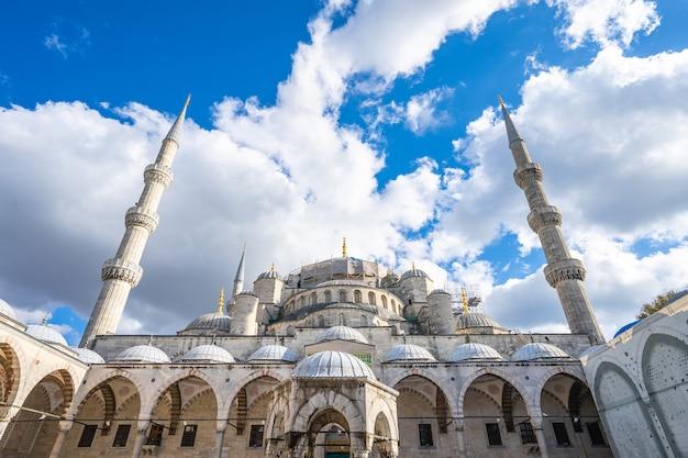 Sułtan ahmed lub błękitny meczet w istanbuł, turcja