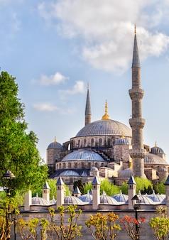 Sułtan ahmed lub błękitny meczet w stambule, turcja