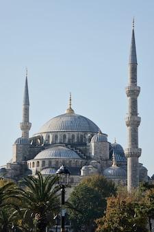 Sultanahmet camii najbardziej znany jako błękitny meczet w stambule w turcji